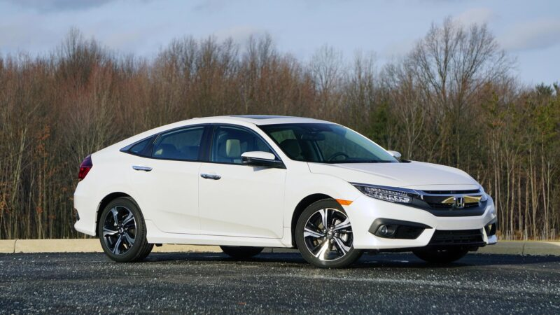 Honda halts production due to extremely low car sales in Pakistan