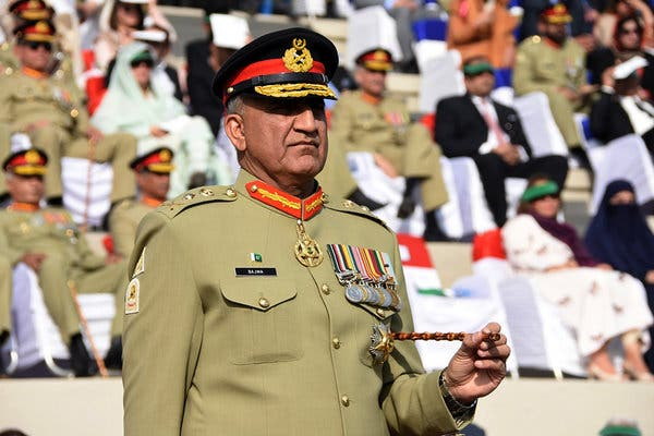 Army chief asks opposition leaders to not drag military into politics