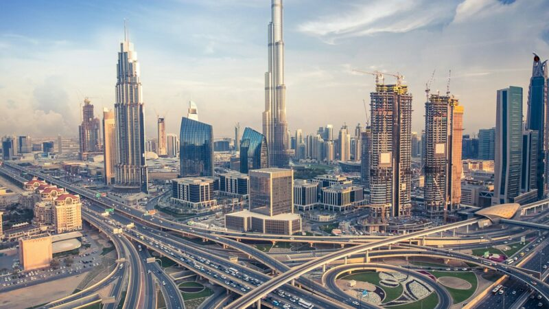 Data of 500 Pakistanis owning properties in UAE will soon be available to FBR