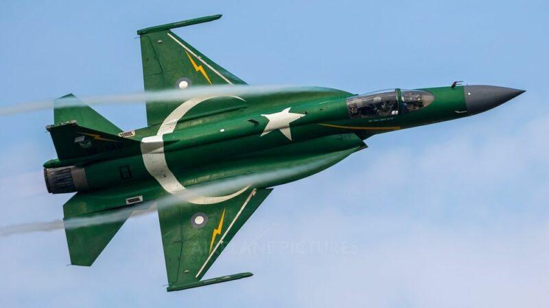 JF-17 Thunder & Pakistani pilot win International Armament Competition