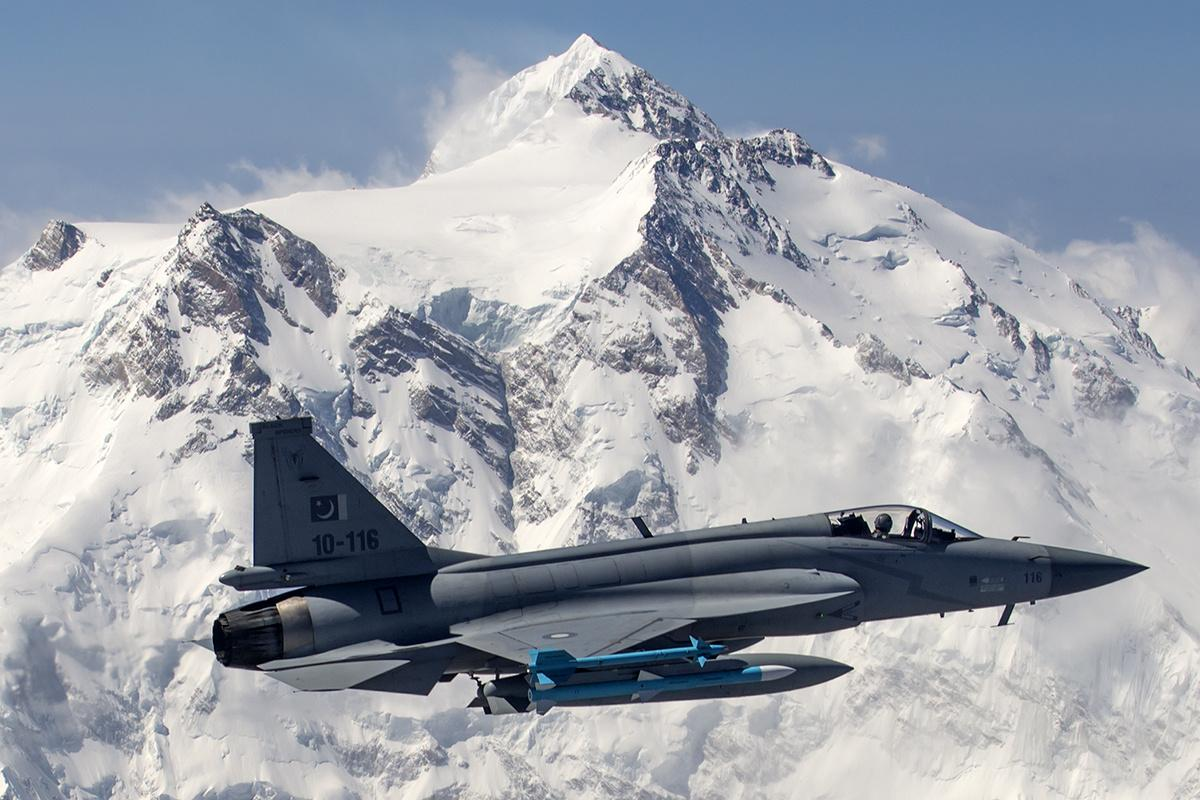 Pakistan to export multiple JF-17 Thunder jets