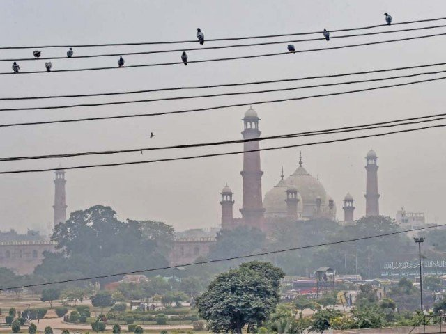 Worsening air quality in Punjab forces schools to close for two days
