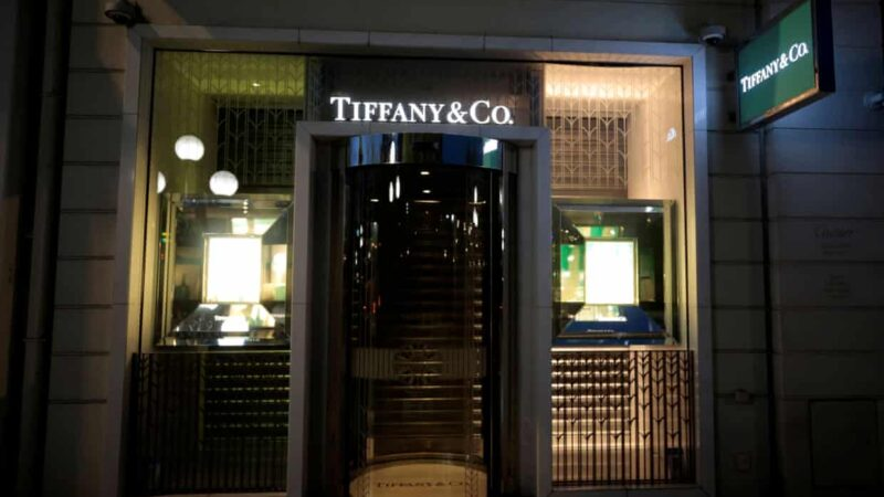 Louis Vuitton owning group to buy Tiffany for $16bn in cash deal