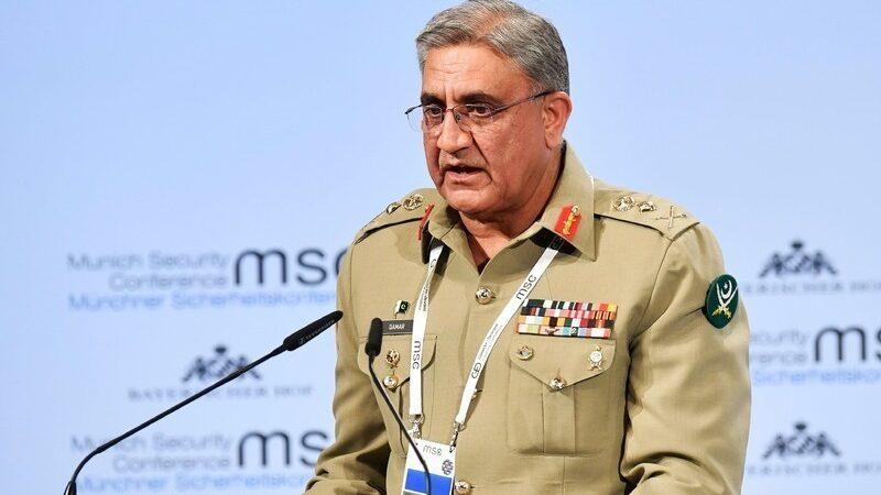 Chief justice suspends notification of Bajwa's tenure extension until tomorrow