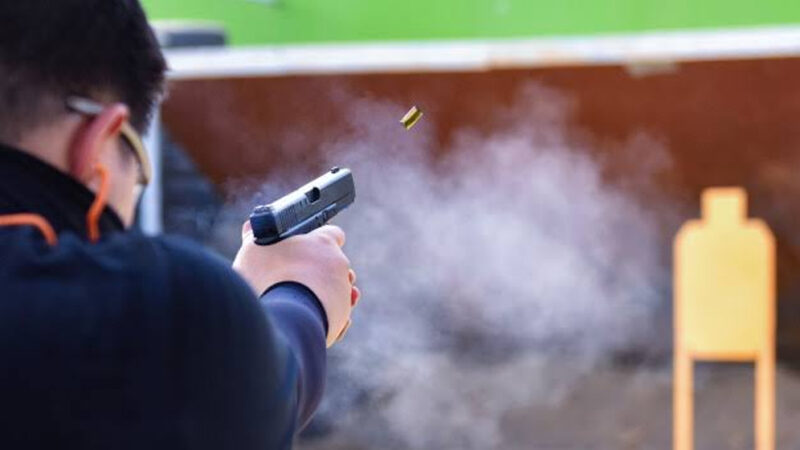 Pakistani commando wins gold medal in international shooting event