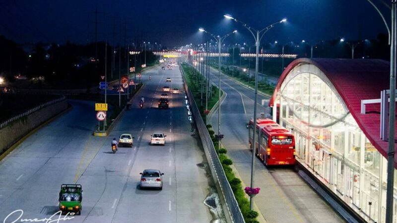 Metro bus for Islamabad airport to be completed by March 2020