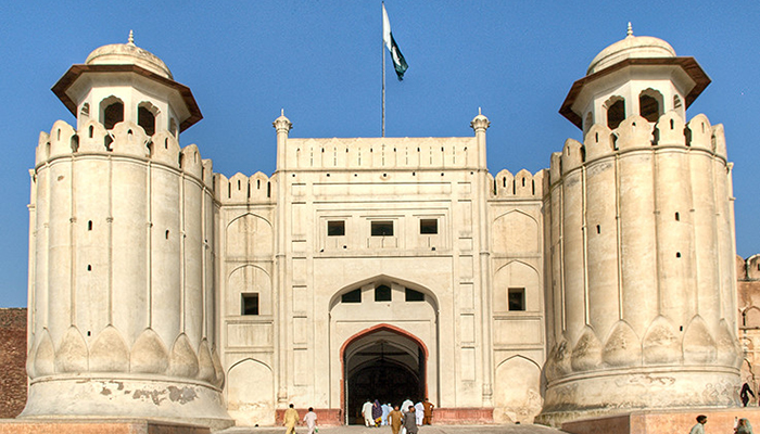 Wedding held in Lahore Fort's 400-year-old kitchen