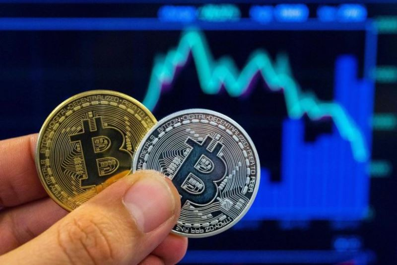 Man moves court to remove ban on digital currency