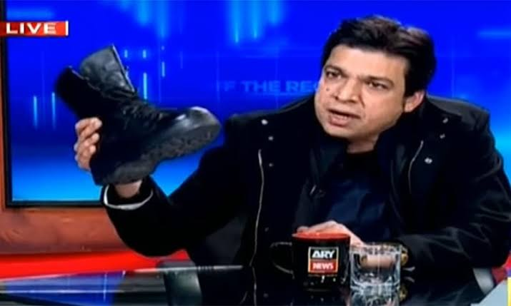 Other then criticism, Faisal Vawda's boot stunt gets Kashif Abbasi's show banned