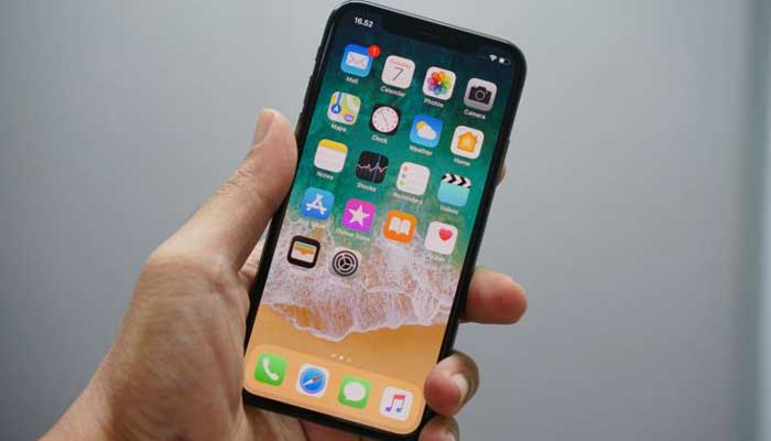 Apple fined for slowing down iPhones