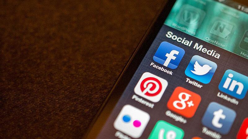 Pakistan halts implementation of social media regulation law