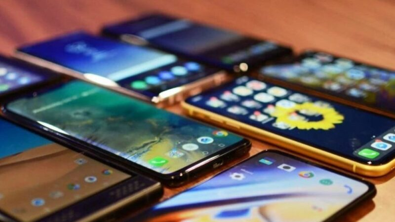 Mobile phone imports increase by 80% in 7 months