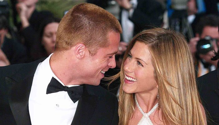 Jennifer Aniston urged by Brad Pitt to sign 'Friends' reunion deal?