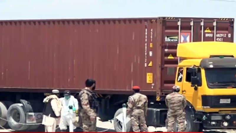 Pakistani truck drivers stranded in Afghanistan return via Chaman border