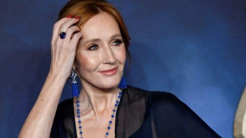 J.K. Rowling fully recovered from coronavirus symptoms