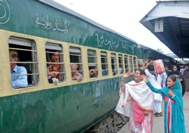 Pakistan Railways to partially restore passenger train services