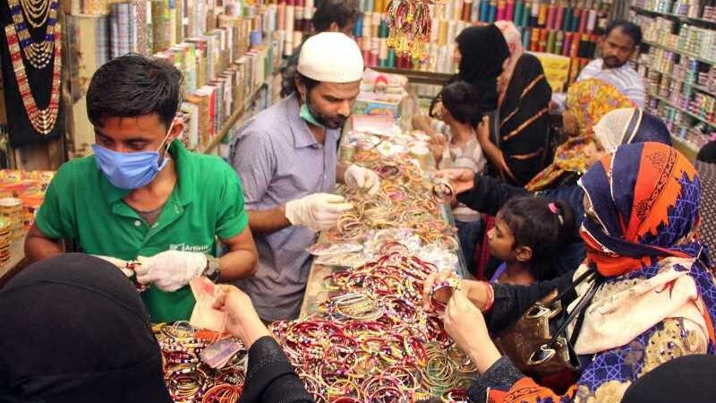 Malls, markets to open on weekends till Eid: chief justice