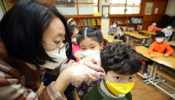 Schools reopened in South Korea as coronavirus fears subsides