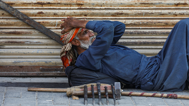 Three million expected to go jobless in Pakistan due to COVID-19