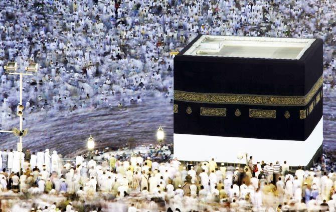 Malaysia, Indonesia withdraw from Hajj this year due to Coronavirus fears