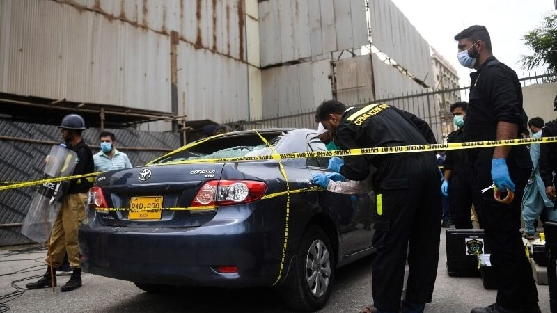 Four terrorists killed while attempting to storm Karachi Stock Exchange