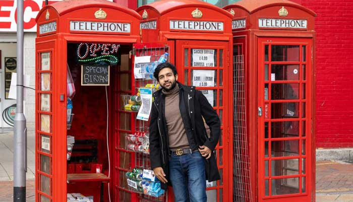 Pakistani entrepreneur turns UK's iconic red phone box into takeaway restaurant