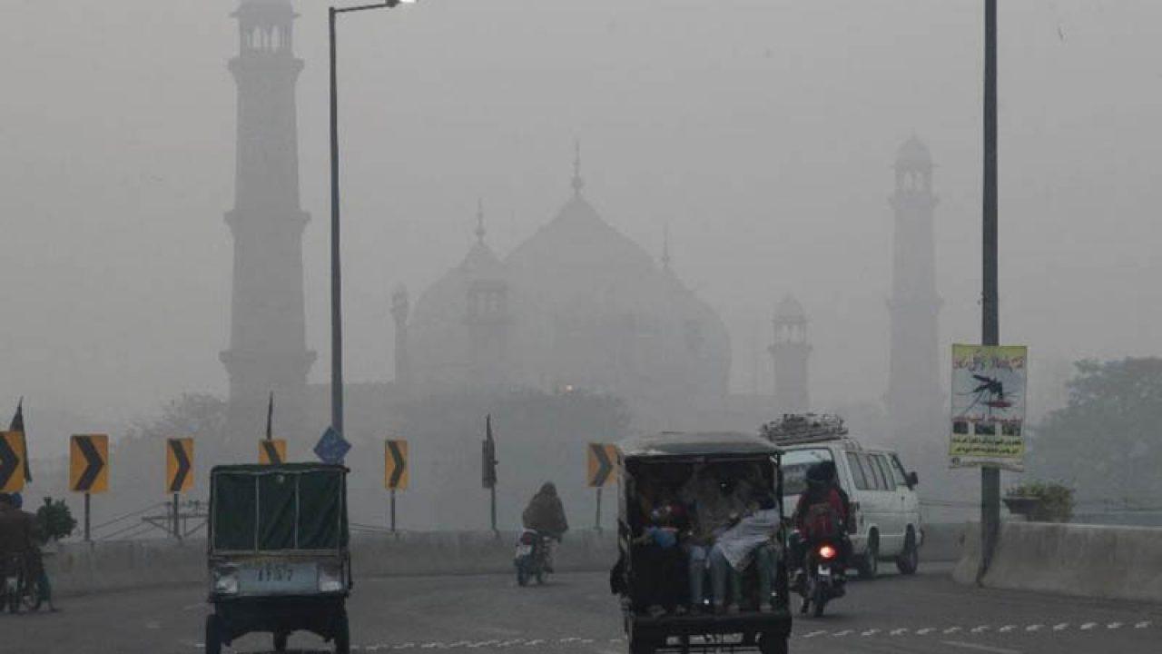 To counter smog Punjab bans vehicles emitting pollutants, burning of crops