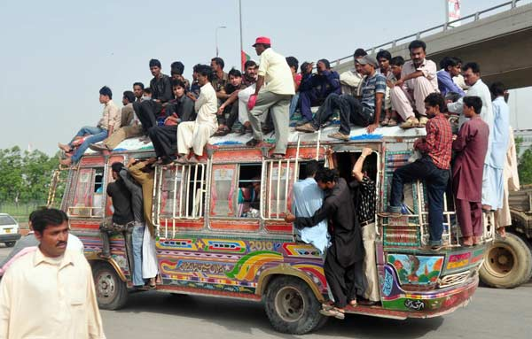 Karachi's public transport rated world's worst by Bloomberg