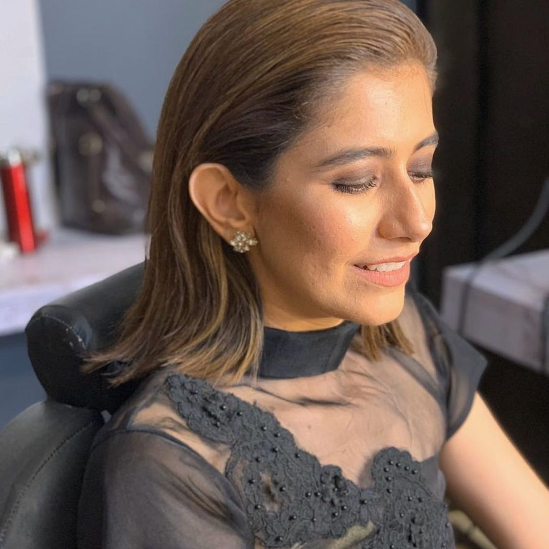 Syra Yousaf hits back at trolls for mocking unfiltered pictures of skin