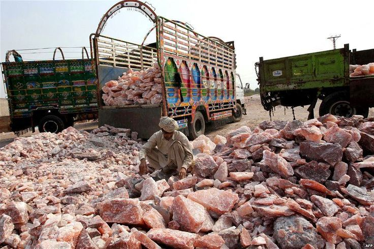 Pakistani salt from Khewra set to be registered with international trade bodies