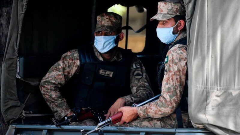 As situation worsens, army steps in to enforce strict COVID-19 SOP's in Pakistan