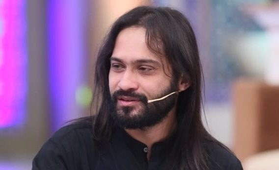 Waqar Zaka claims he can settle Pakistan's debt if allowed to run the country