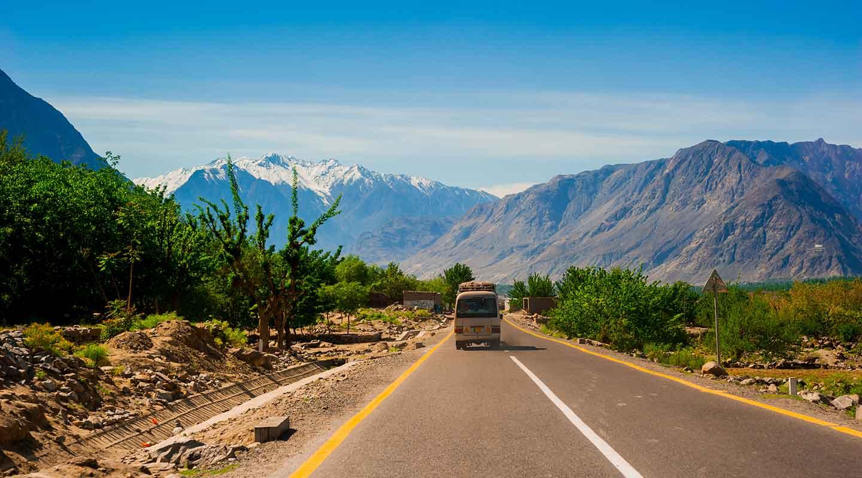 Karakoram Highway ranked among world's 15 most beautiful roads