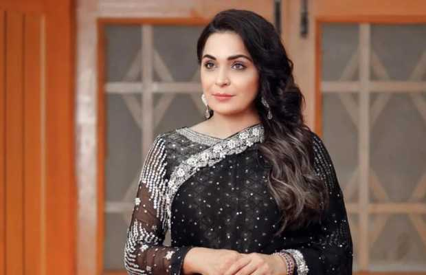 Lollywood actress Meera announces to enter political arena with PTI