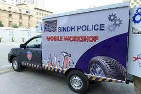 Karachi police launch free vehicle repair service to facilitate citizens during monsoon rains