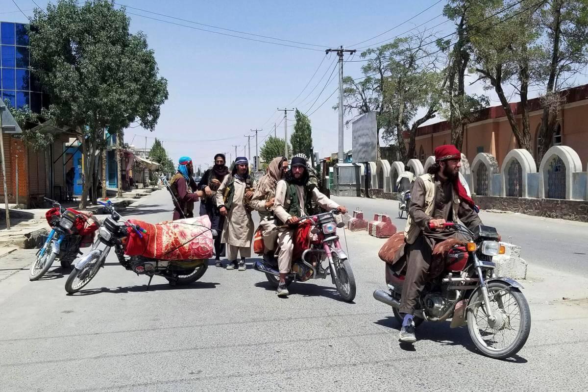 Taliban moves toward Afghan capital after taking Ghazni city