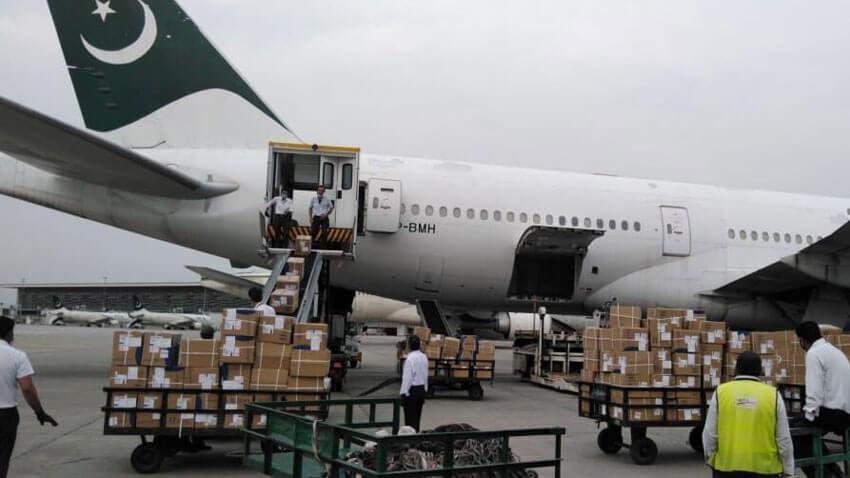 Pakistan sent protective suits, face masks, ICU & BiPAP ventilators to Palestine