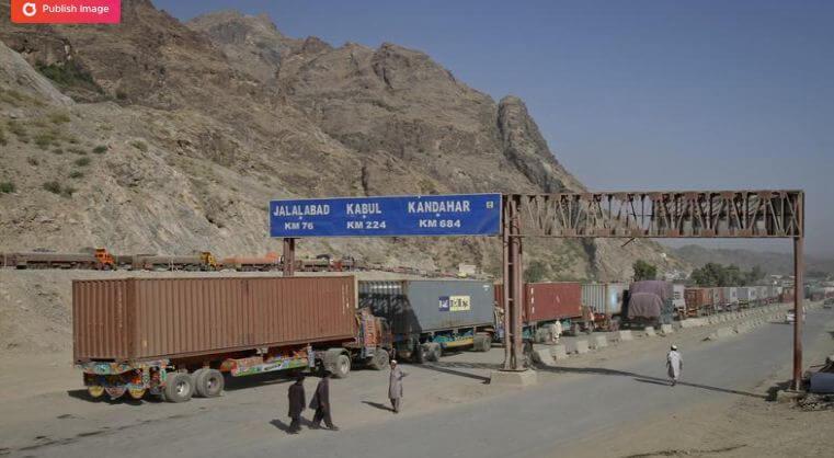 Taliban drastically reduce border taxes on petroleum and sugar