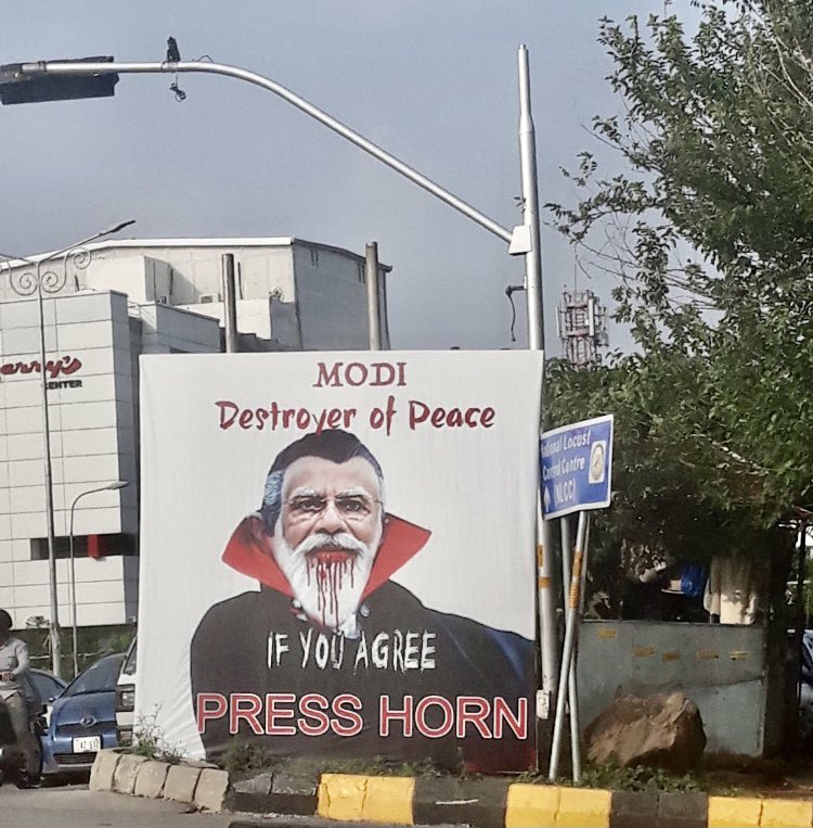 Twitterati reacts to 'Modi destroyer of peace' posters in Capital
