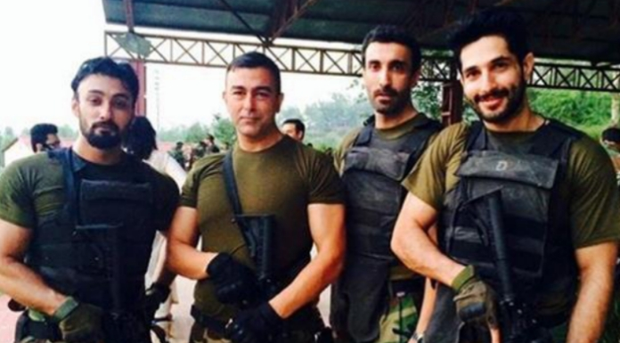 Indian general shows a picture of Pakistani actors as Pak army commandos died in Panjshir