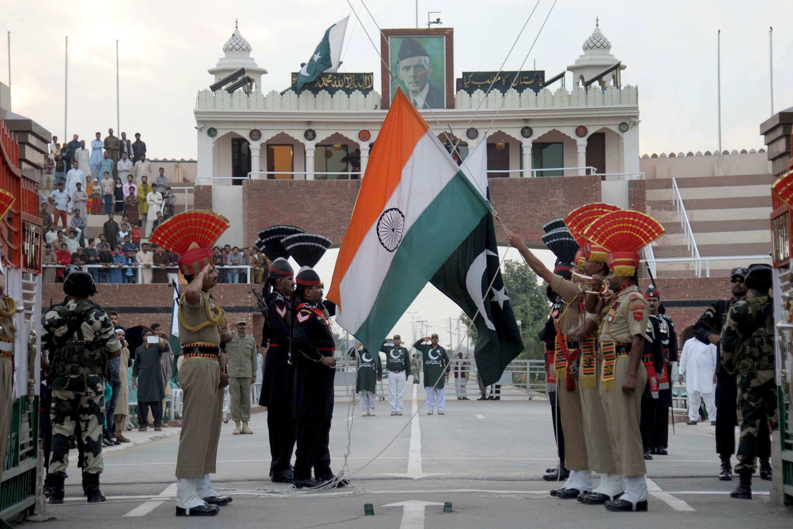 India and Pakistan military veterans see a slim possibility of full-blown war
