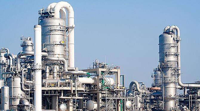 China to invest $15 Bn in Pakistan's petrochemicals sector