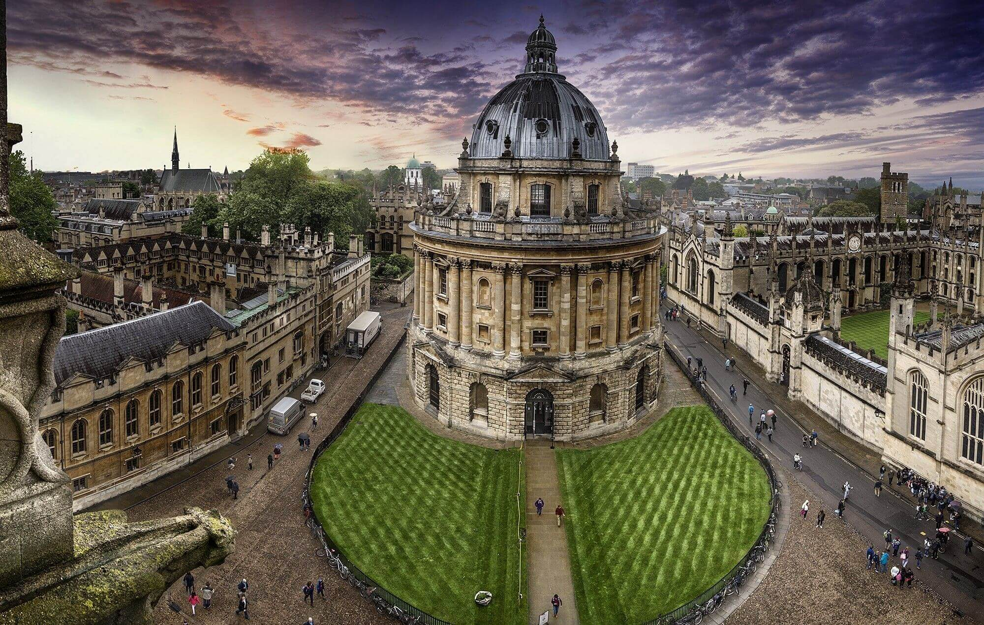 Oxford Pakistan Program to offer scholarships worth £500,000 to Pakistani students